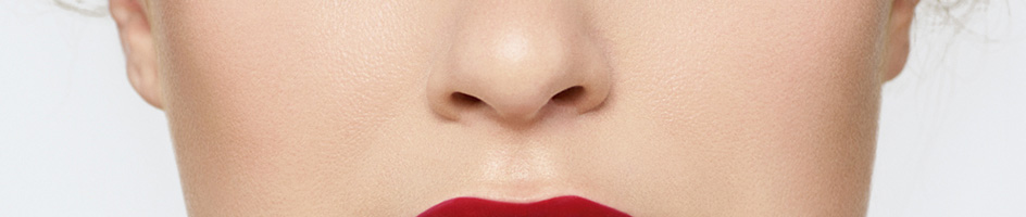 Bold Lips - How to Contour Cheek Bones