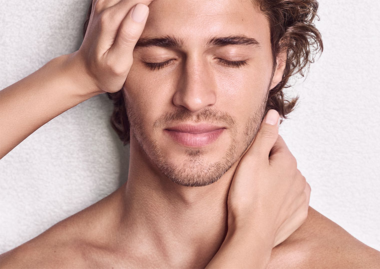 ENERGIZING FACIAL FOR MEN