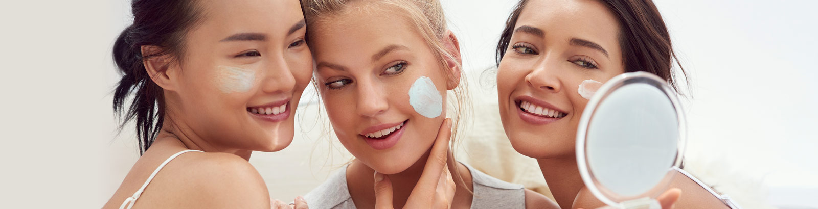 Dehydrated skin: what should I do? Discover our expert advice to properly hydrate your skin.